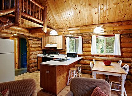 wood detail log cabin interior