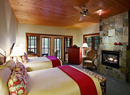 Twin beds in lodge suite