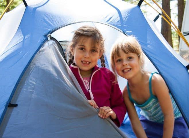 setting up camp near Neva Lake