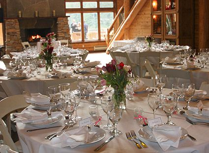 wedding reception at Lakedale resort