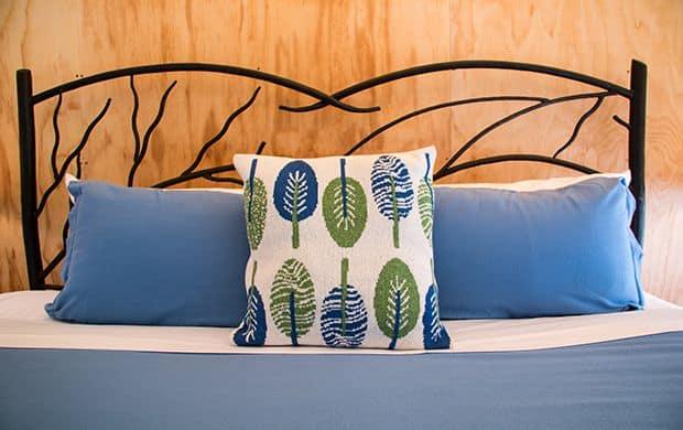 Neva bed detail at 620x390