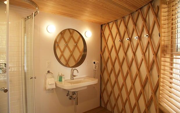 bathroom_1 yurt at 620