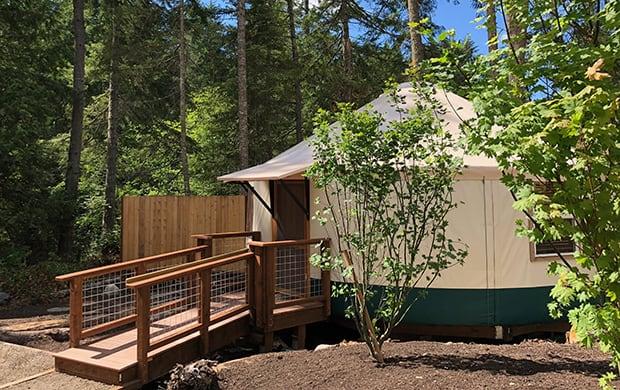 exterior yurt 7_3 at 620