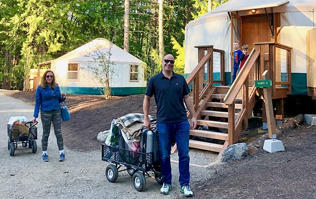 first guests arriving at yurts_2 at 620