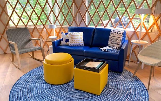 living room set at 620