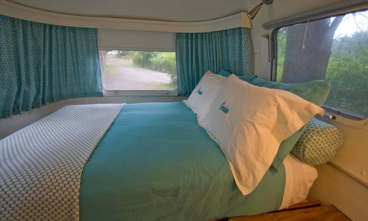 Airstream_bedroom_3_oqvfzc