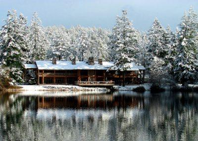 lodge_in_winter_ucurti