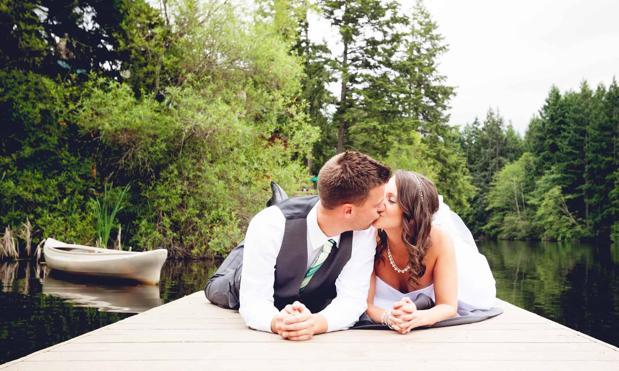 1280 couple on dock