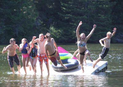 1280 kids jumping off dock
