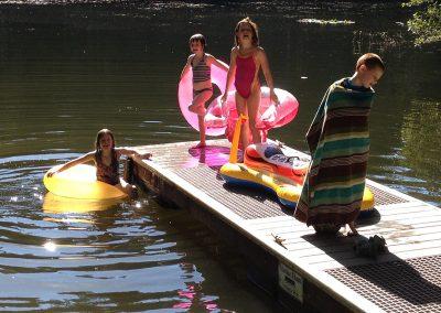 1280 kids on dock