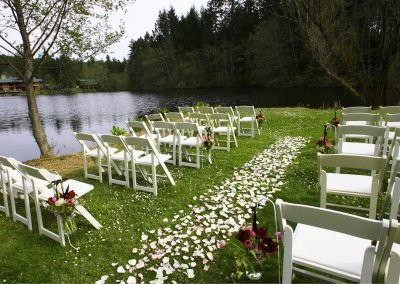 1280_2_wedding with roses on point