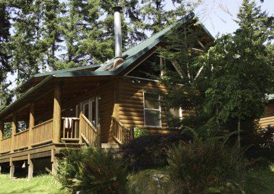 1280 Lake House exterior_2
