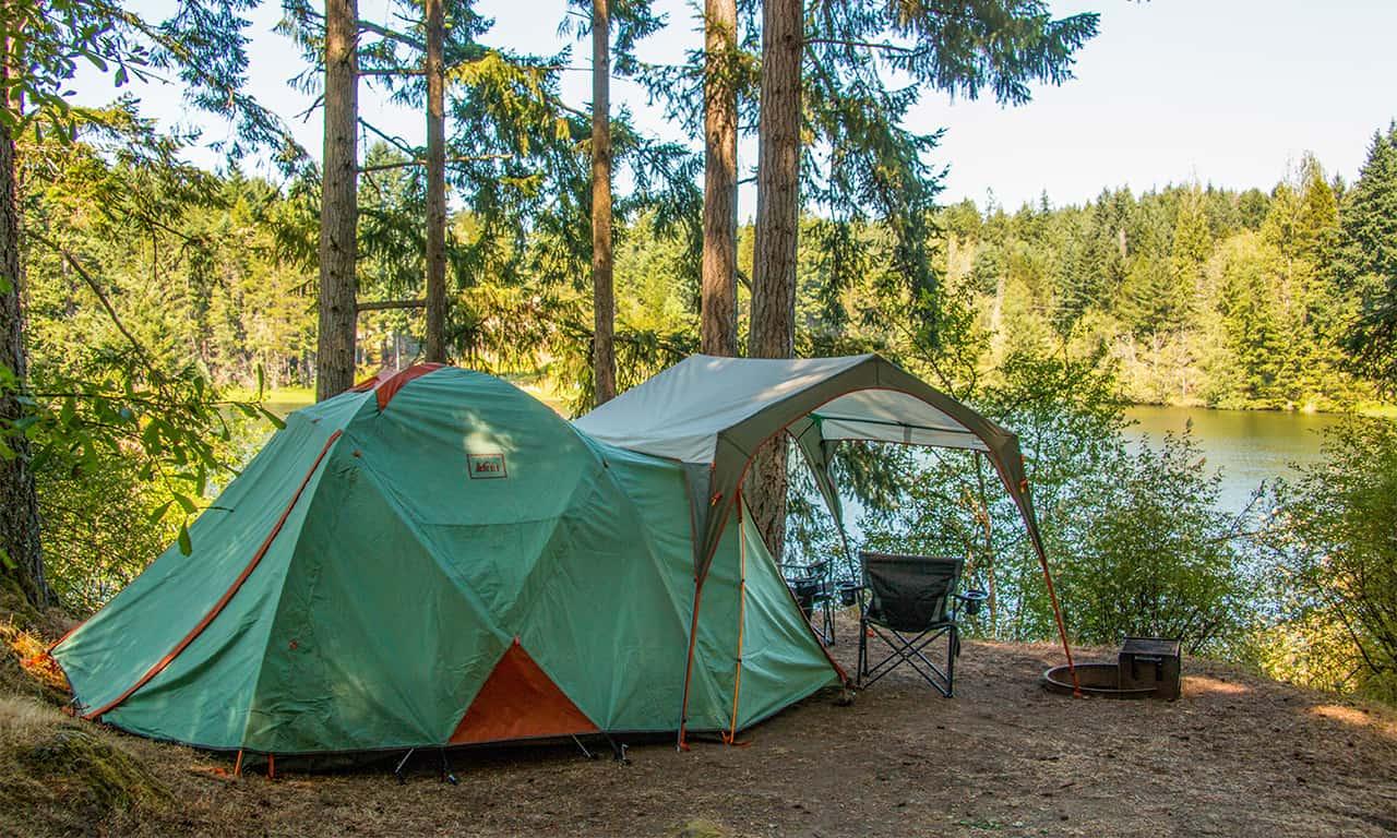 1280 campingEZ setup overlooking Dream Lake