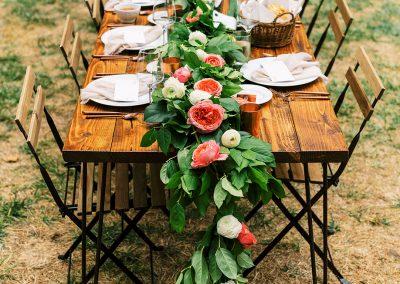 1280 rustic wedding table