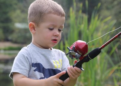 1280 small boy with fishing pole