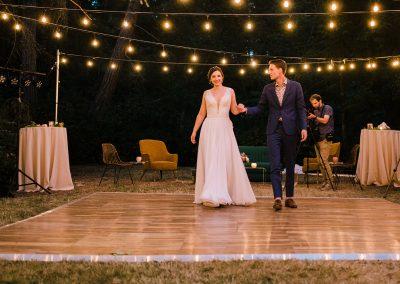 1280 wedding couple in dark dance floor