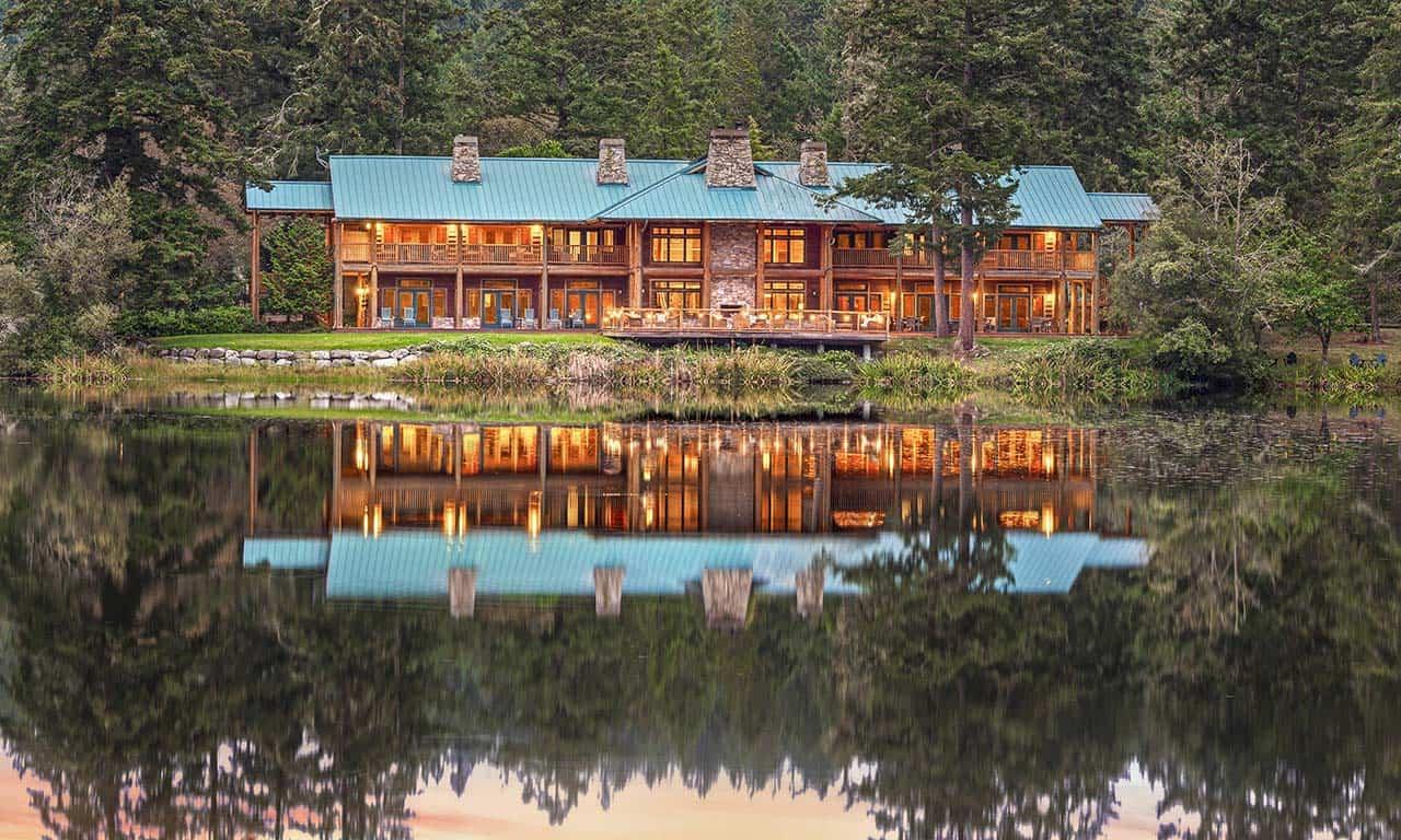 Lakedale Lodge at twilight from Neva Lake