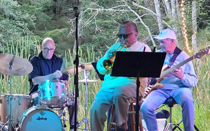musicians at the lake at Lakedale Music Festival